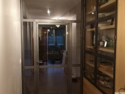 atmosphere-metallique-porte vitrée vaissellier