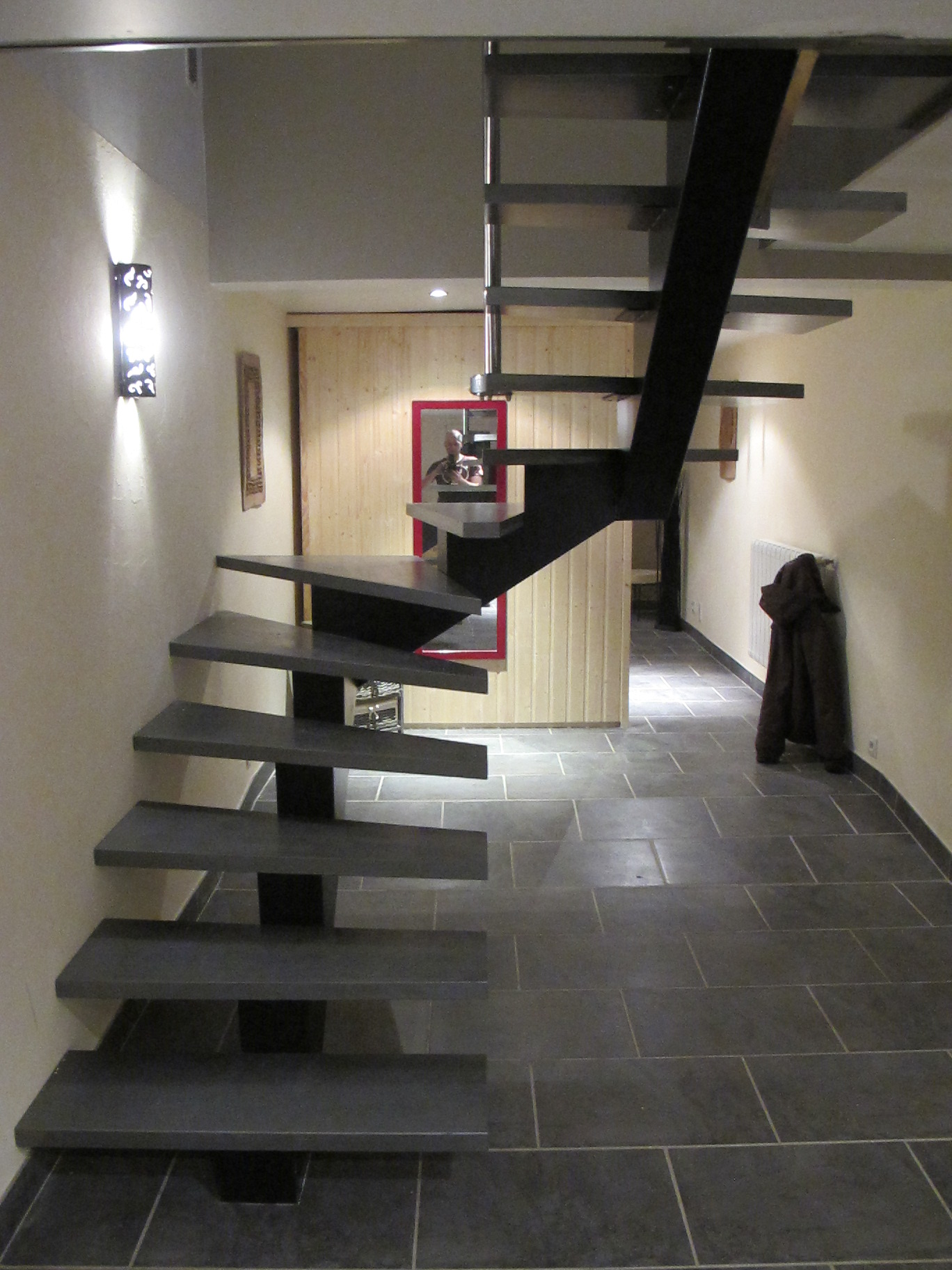 les escaliers en f t atmosphere metallique. Black Bedroom Furniture Sets. Home Design Ideas